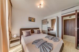 Apartcomplex Golden Bay - Apartment 205 Photo